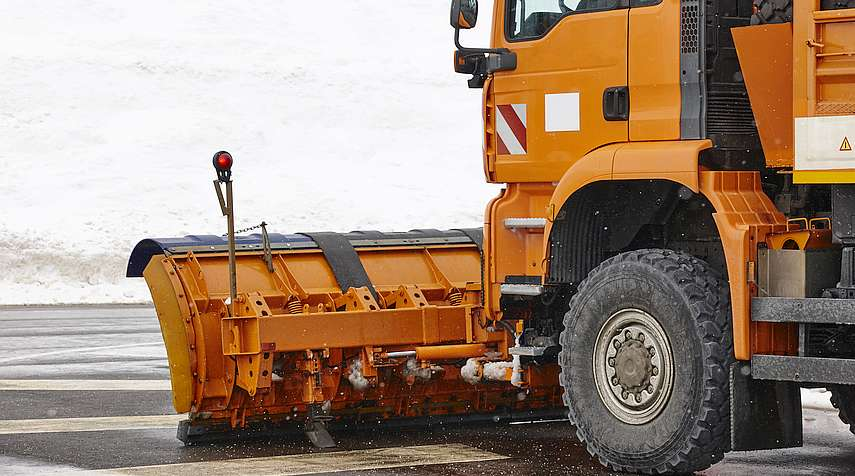 7 Tips for Winter Snow Removal Safety